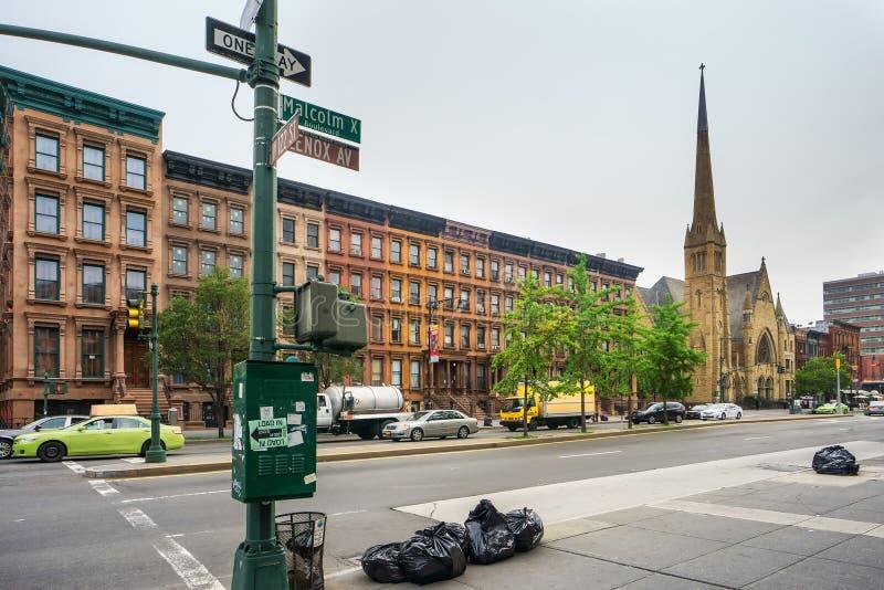 Malcolm Χ λεωφόρος σε Harlem, πόλη της Νέας Υόρκης, ΗΠΑ στοκ εικόνες