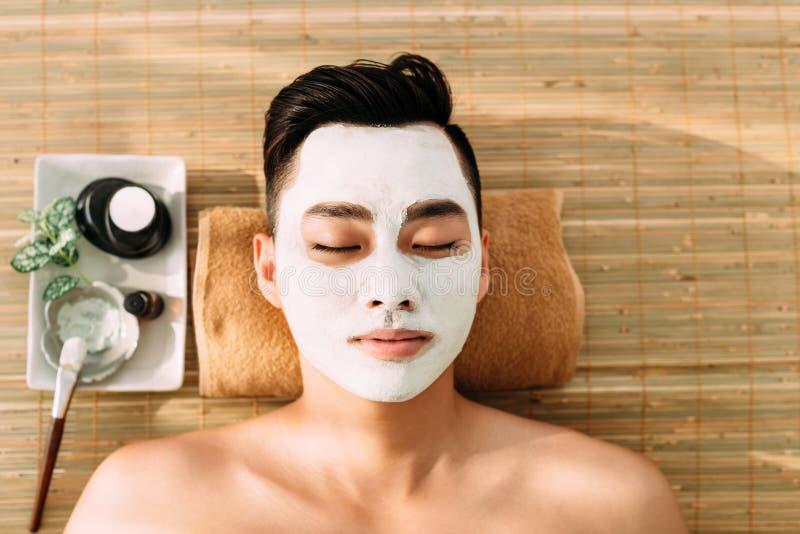 Can Mens facial salon