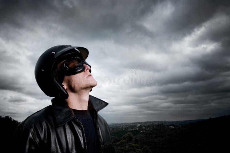 Male pilot royaltyfria bilder