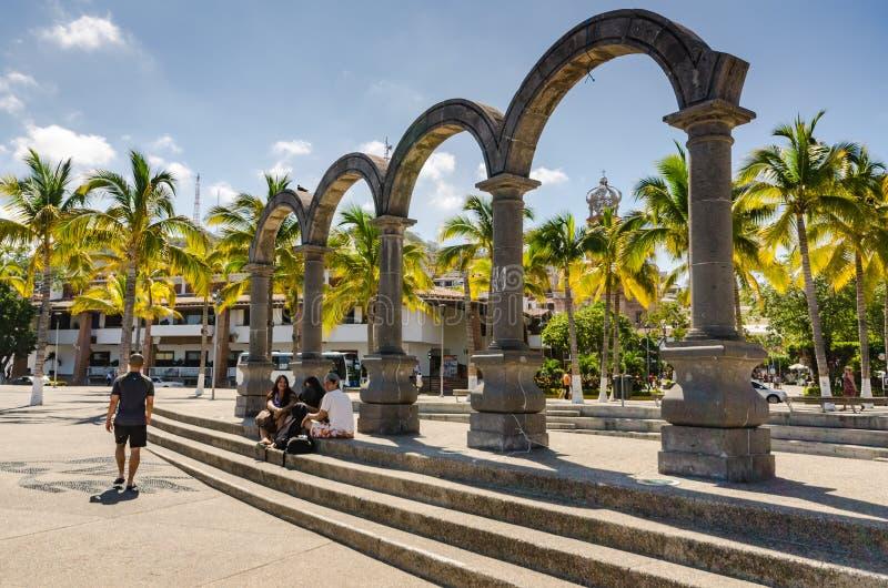 Malecon曲拱-巴亚尔塔港,墨西哥 库存图片