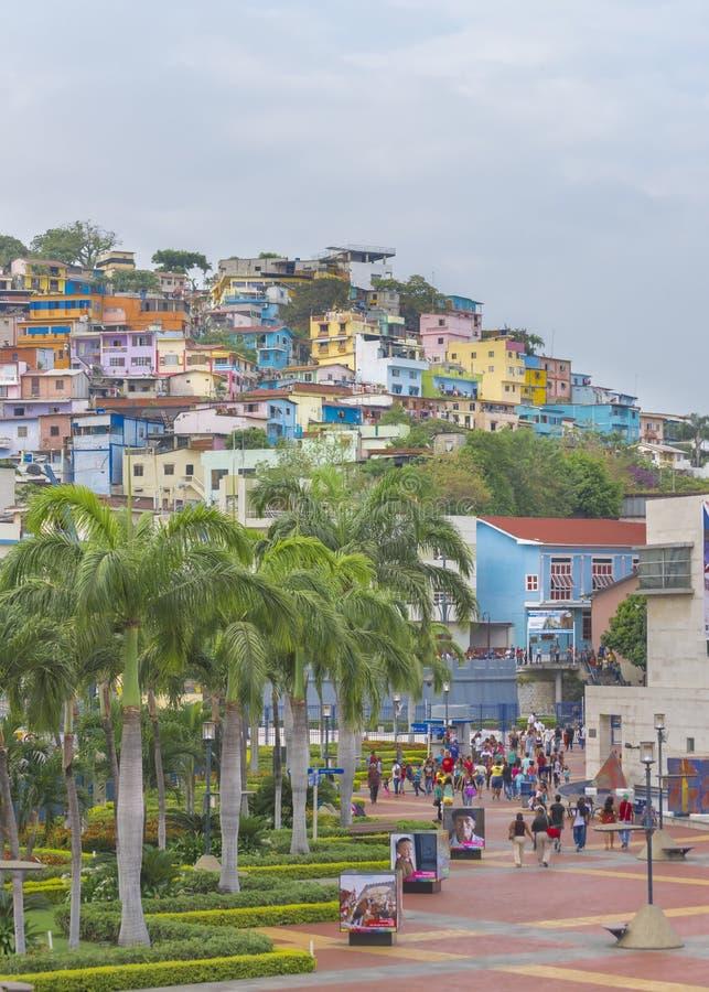 Malecon et Cerro Santa Ana à Guayaquil Equateur image stock
