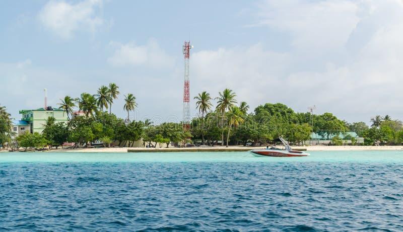 """MALEDIVEN-†""""am 17. November 2017: kleine tropische Gulhi-Insel im Indischen Ozean, Malediven lizenzfreies stockfoto"""