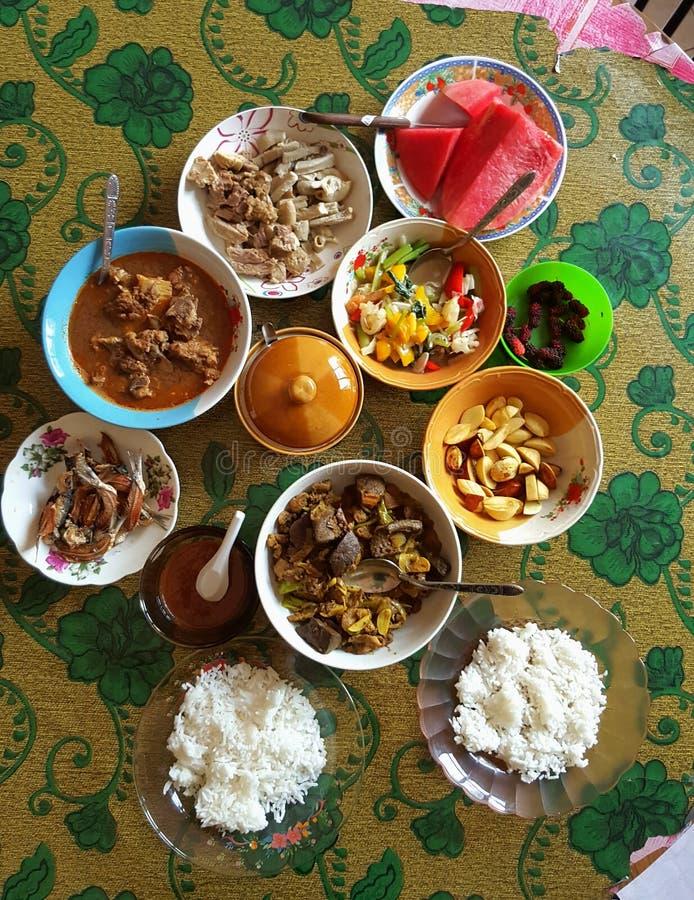 Maleis dorpsvoedsel stock afbeelding