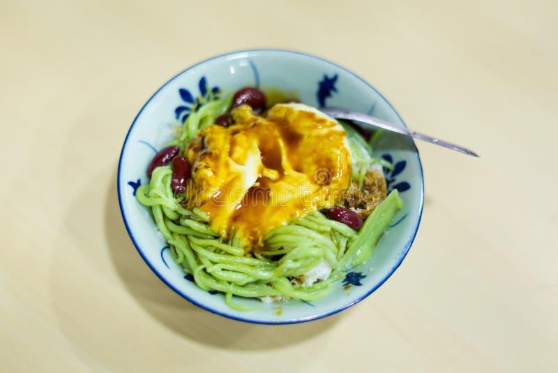 Maleise dessert durian cendol stock afbeeldingen