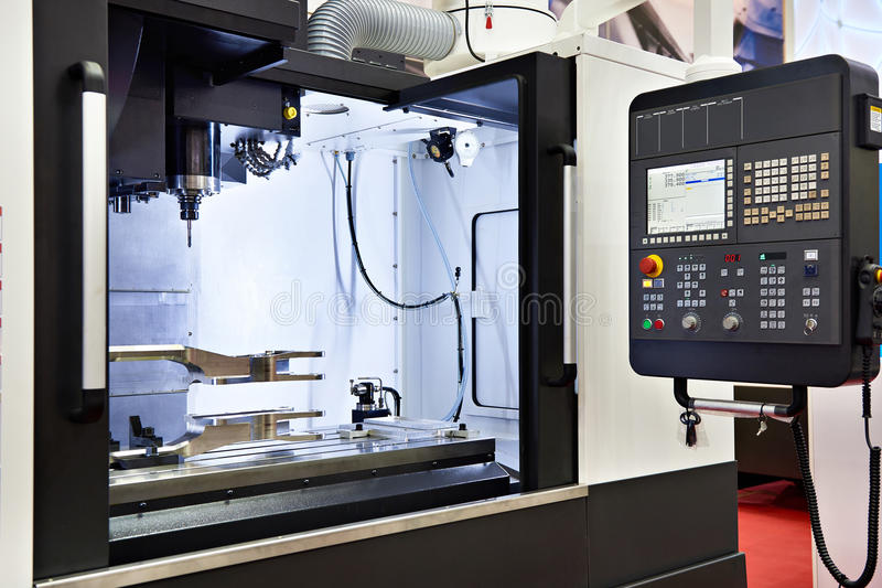 Malenmachine CNC stock afbeeldingen