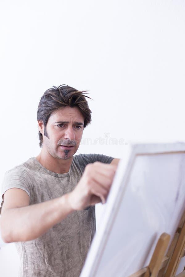 Malerei auf Segeltuch mit Kreide - Malereisitzung stockfoto