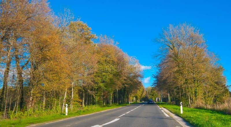 Malerische Landstraße Frankreichs lizenzfreies stockfoto