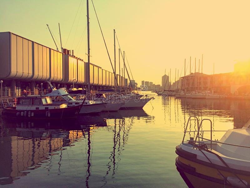 Malerischer Sonnenuntergang in Genua, Italien stockfotografie
