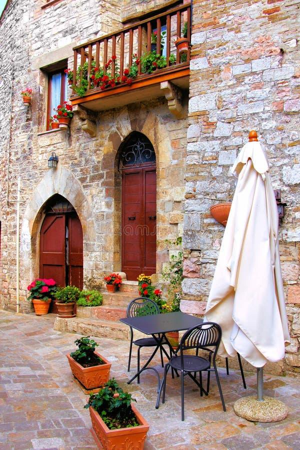 Malerisches italienisches Café stockfotografie