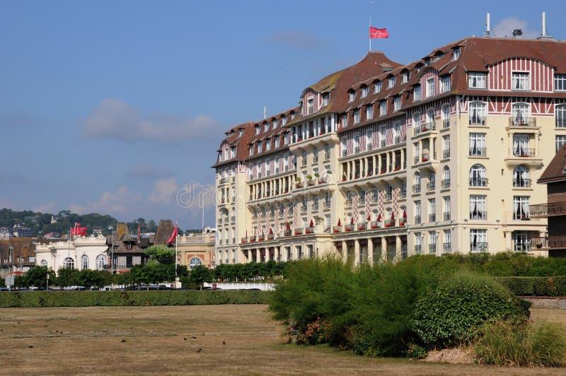 Malerisches königliches Barriere-Hotel in Deauville in Normand lizenzfreies stockfoto