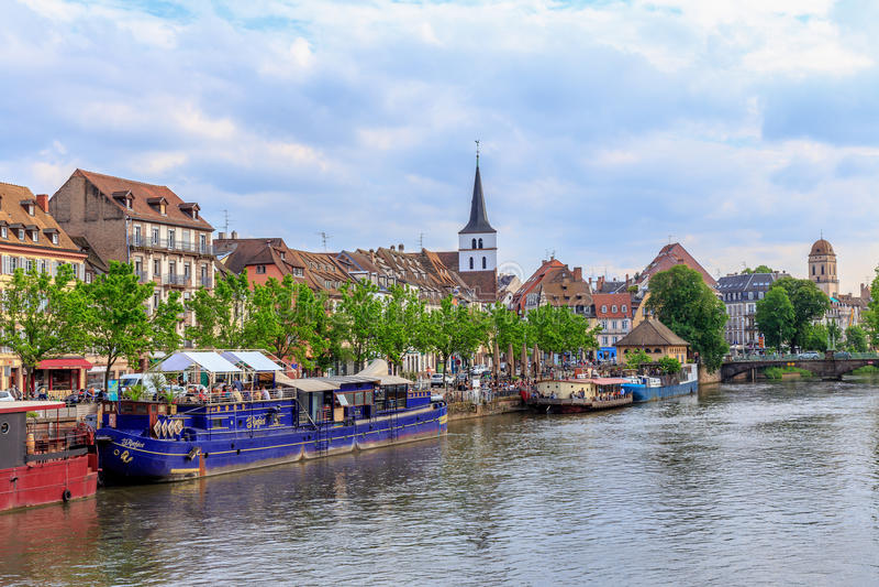Malerisches Straßburg lizenzfreies stockbild