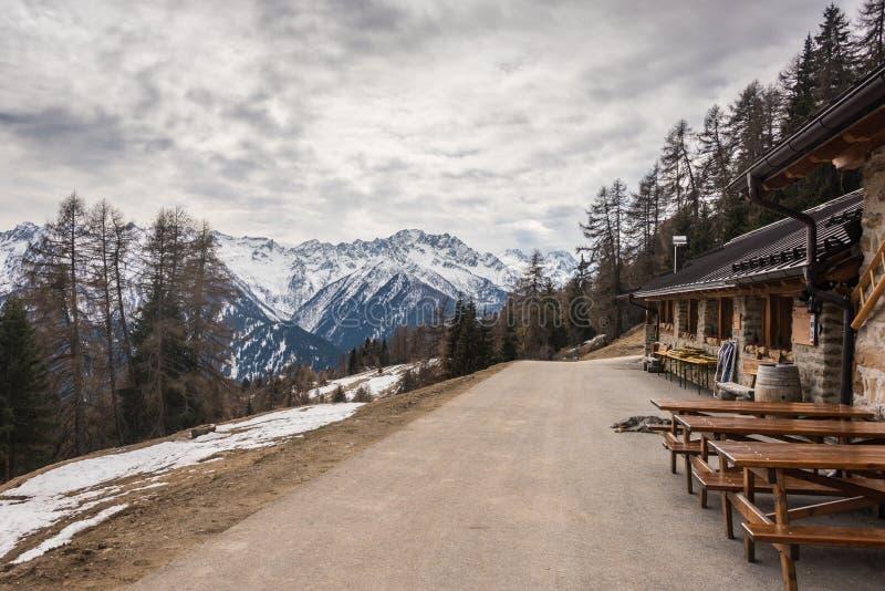Malga Stabli 1814 m ristorante verspert in Val di Sole, Ortisè, Trentino, Italië royalty-vrije stock afbeeldingen