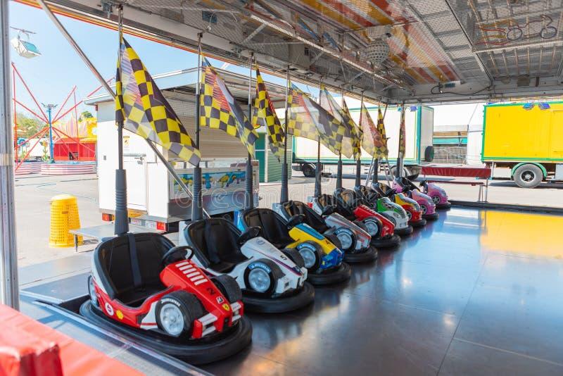 Mali barwioni rekordowi samochody dla dzieci fotografia royalty free