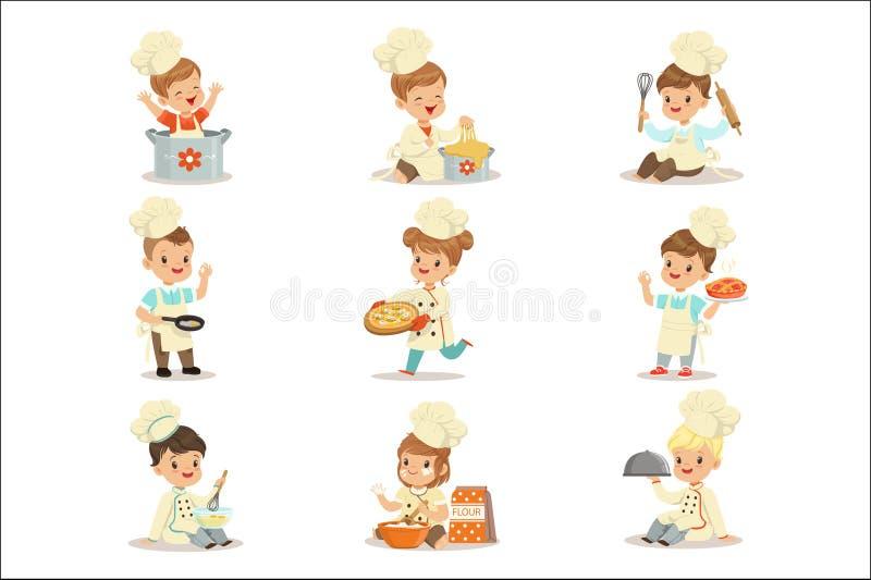 Mali dzieciaki W Naczelnym kopia żakiecie I Toque Kapeluszowym Kulinarnym jedzeniu Ustawiających Śliczny postać z kreskówki Przyg royalty ilustracja