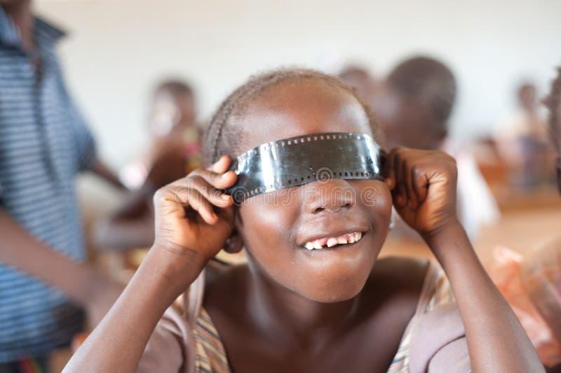 Mali - retrato do close up de um estudante preto fêmea foto de stock