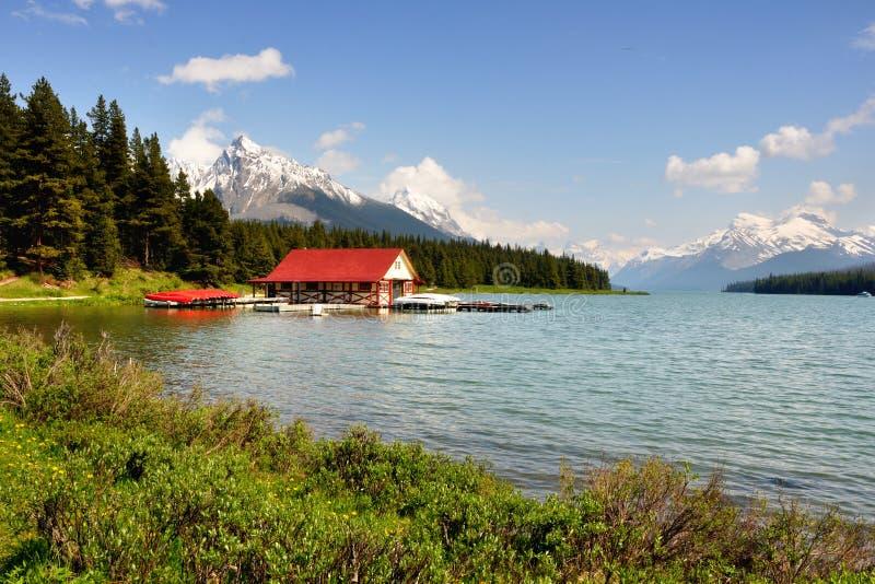 maligne озера стоковое изображение