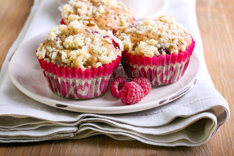 Malinka rozdrobni muffins zdjęcia royalty free