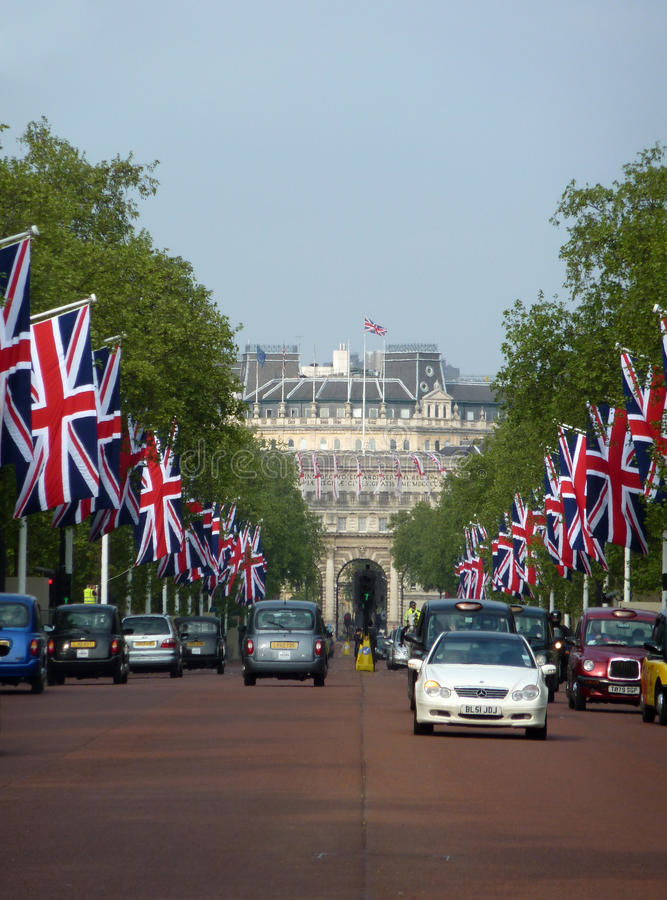 The Mall With Flags 26 April 2011