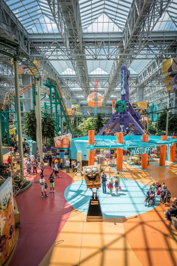 Mall von Amerika während eines beschäftigten Tages lizenzfreie stockbilder