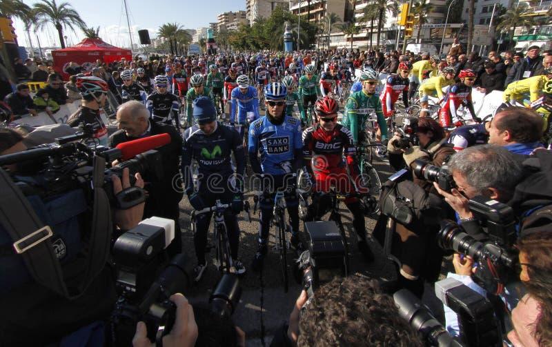 Mallorca utmaning som cyklar loppstart royaltyfria bilder