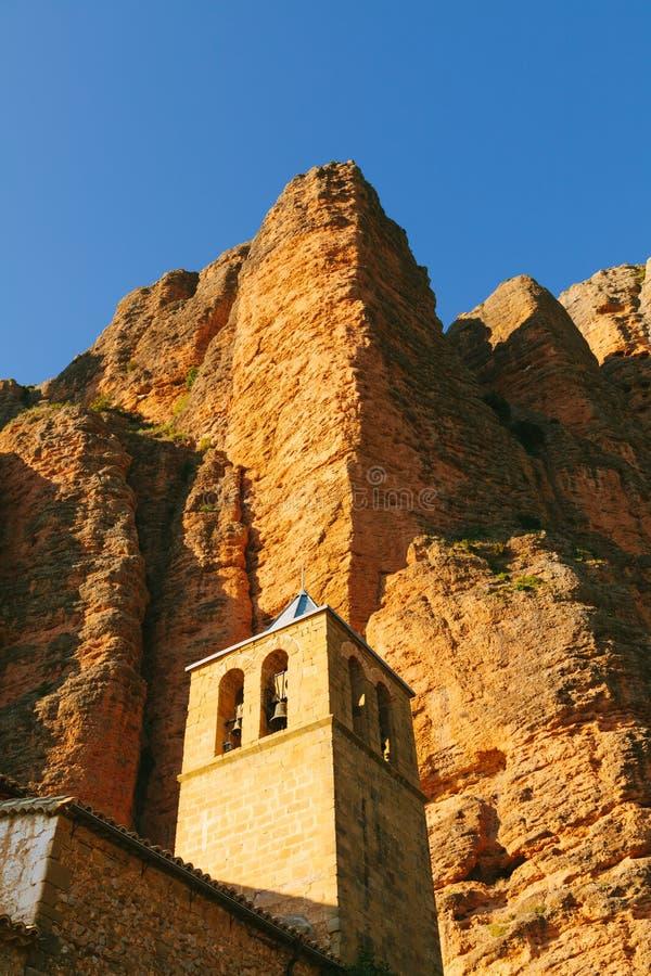 Mallos DE Riglos Church in Huesca, Aragon stock foto