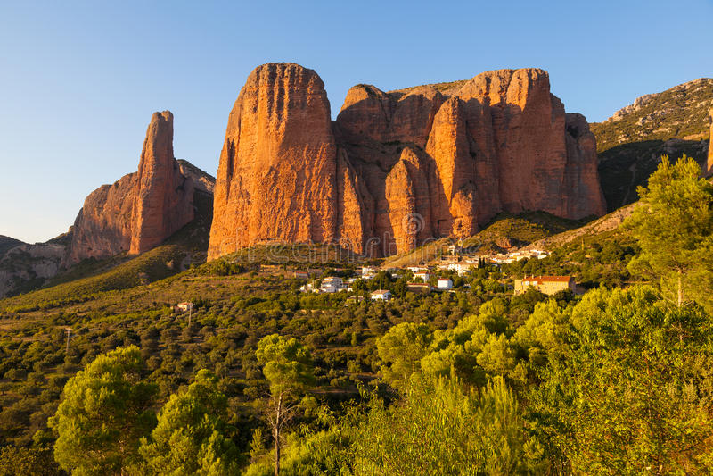 Mallos de Riglos in Huesca, Aragonien stockfoto