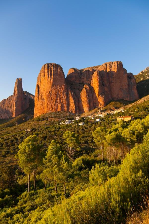 Mallos de Riglos i Huesca, Aragon arkivfoto
