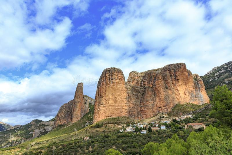 Mallos de Riglos, Spagna fotografie stock libere da diritti