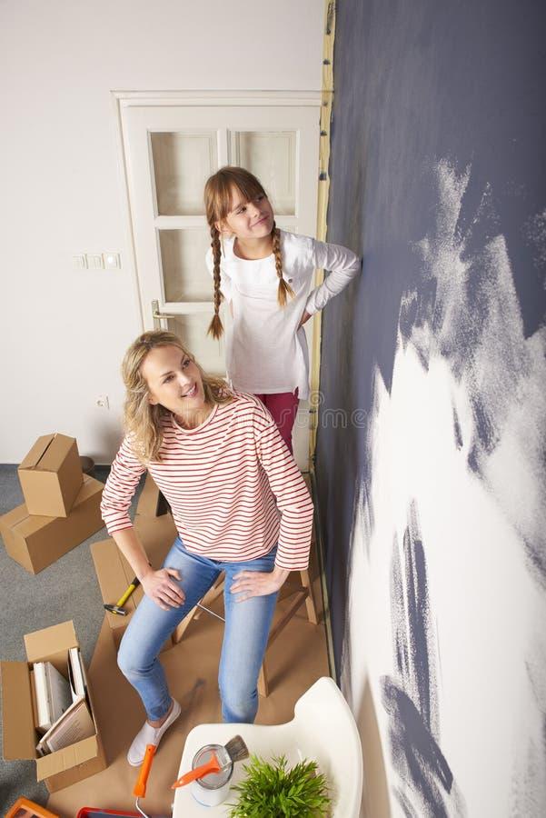 Malować ścianę zdjęcie royalty free
