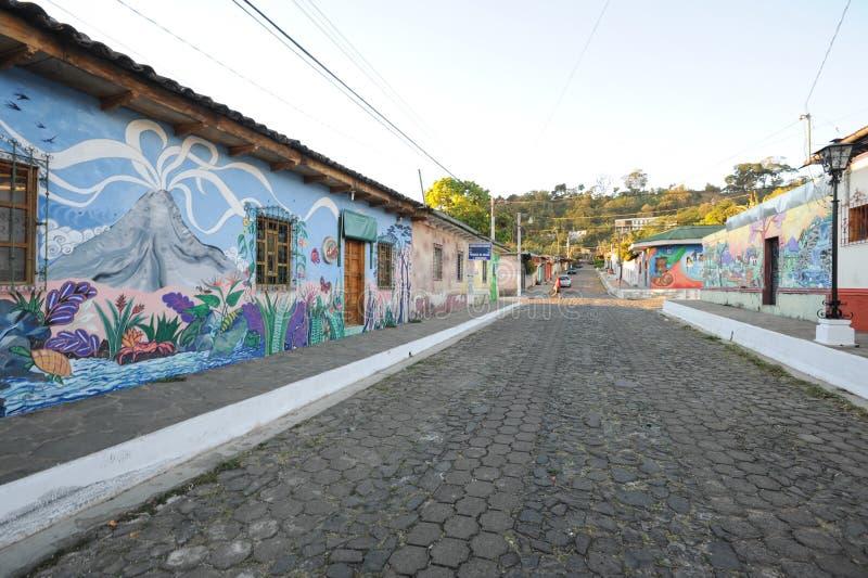Malowidło ścienne na domu przy Ataco w Salwador obraz royalty free