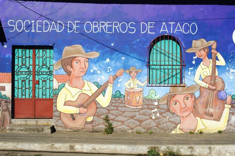 Malowidło ścienne na domu przy Ataco w Salwador obrazy stock