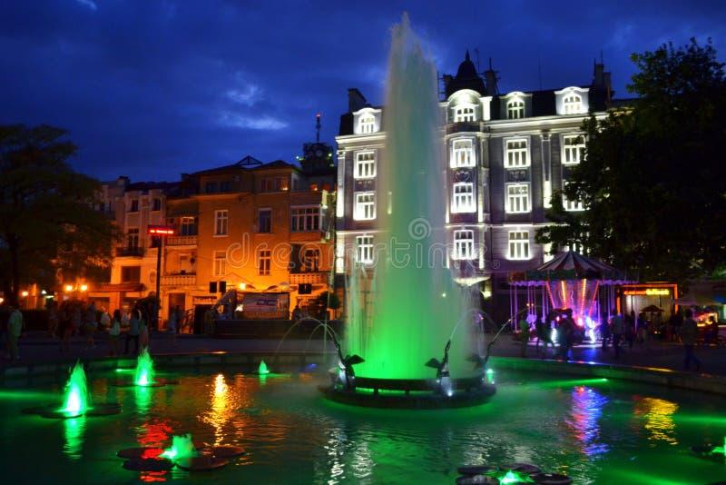 Download Malownicza Plovdiv Miasta Kwadrata Fontanna Zdjęcie Editorial - Obraz złożonej z greenbacks, wyznaczający: 57656451