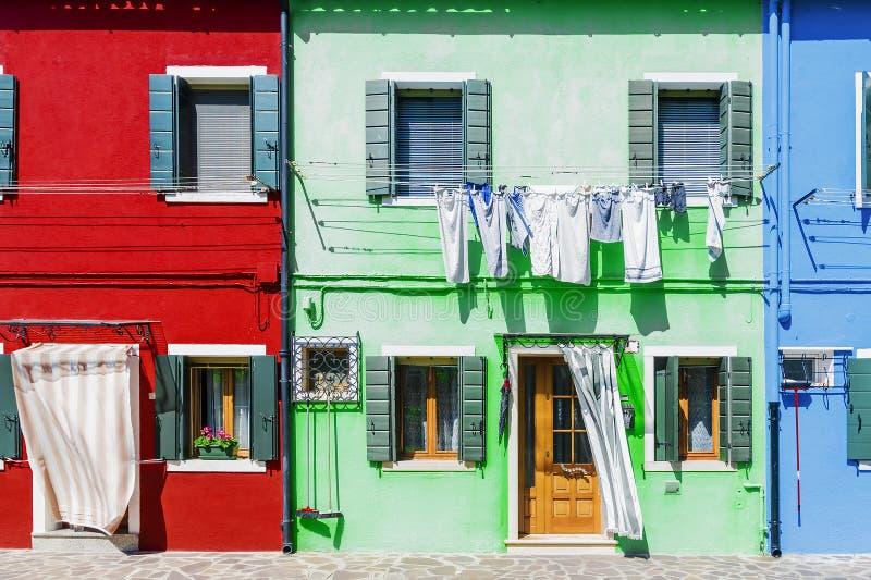 Malownicze fasady domy w wyspie Burano, Wenecja obrazy royalty free