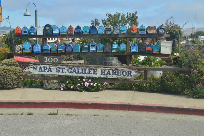 Malownicze skrzynki pocztowa Unosi się domy Sausalito Blisko San Fransisco zdjęcie royalty free