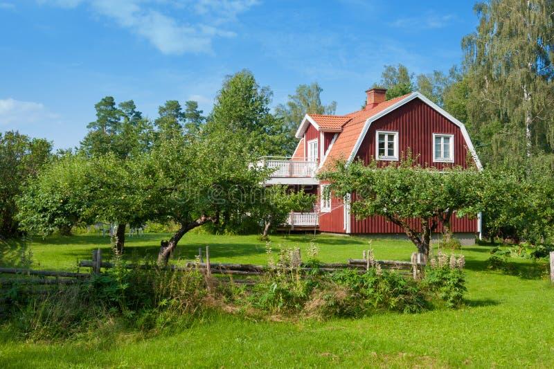 Malowniczy drewniany dom zdjęcie royalty free