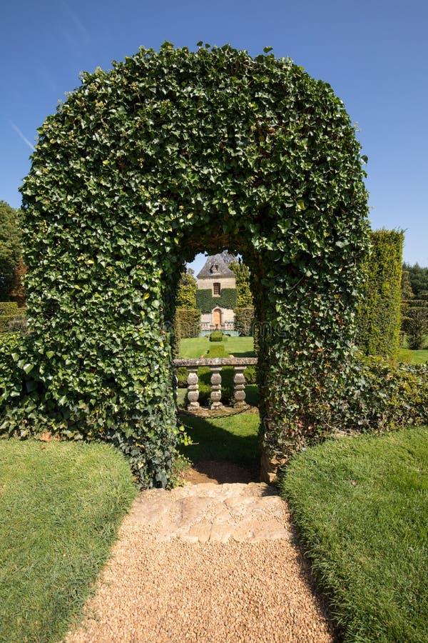 Malowniczy Jardins Du Manoir d Eyrignac w Dordogne zdjęcia stock