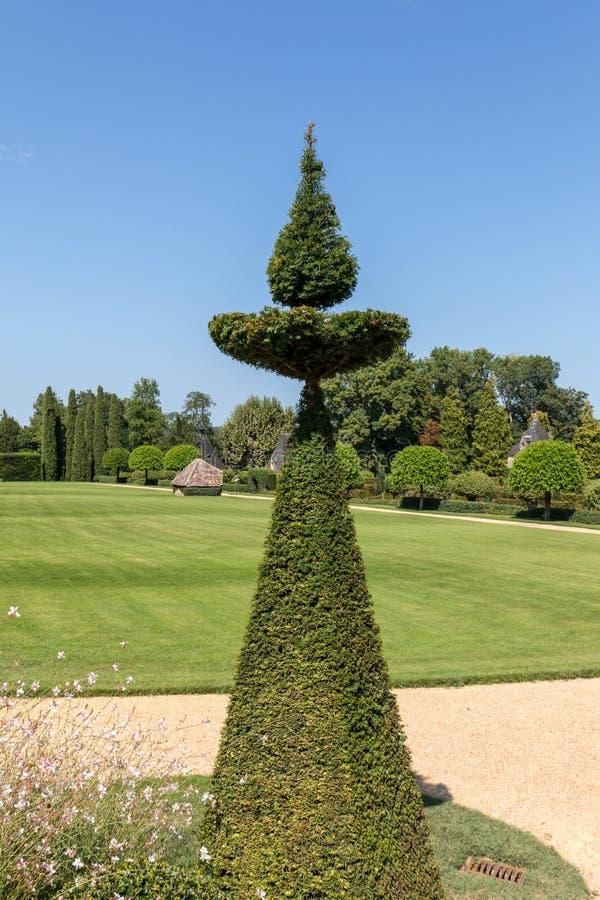Malowniczy Jardins Du Manoir d Eyrignac w Dordogne zdjęcia royalty free