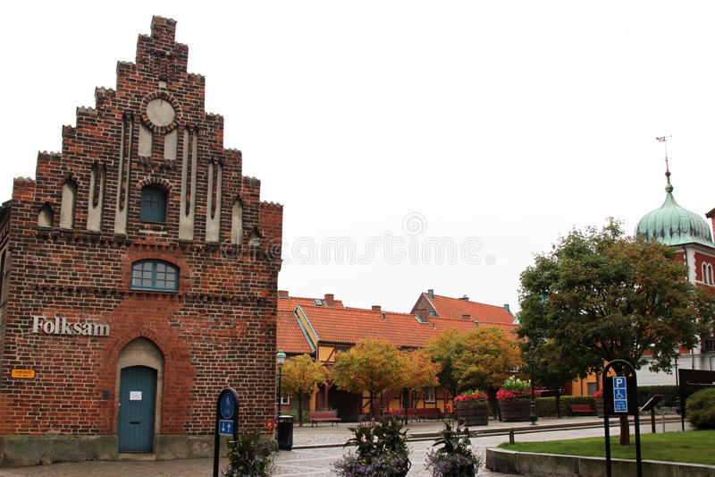 Malowniczy kwadrat Stortorget, Ystad, Szwecja obraz royalty free