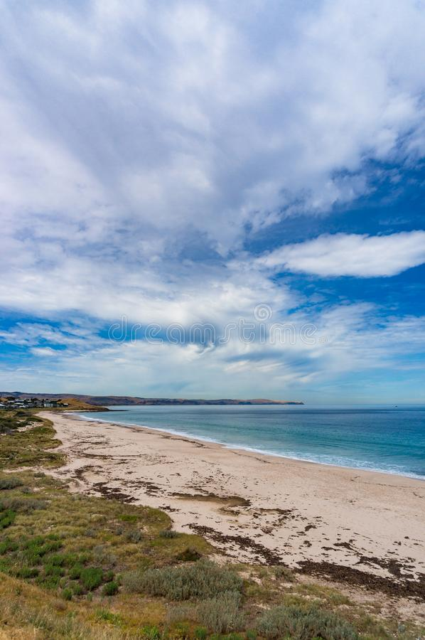 Malowniczy ocean, morze krajobraz z spektakularnymi chmurami obrazy royalty free