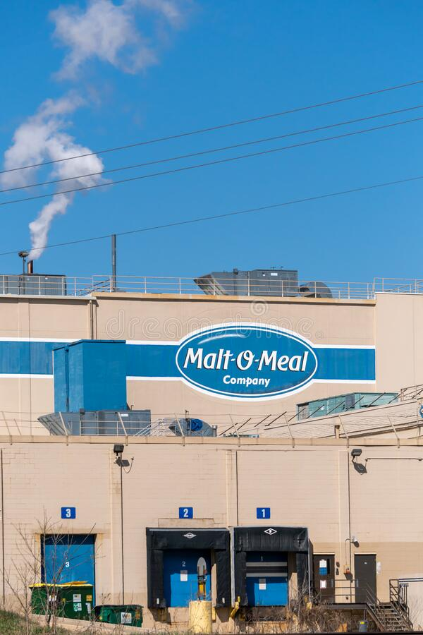 Malt-O-Meal Manufacturing Mill and Trademark Logo foto de stock