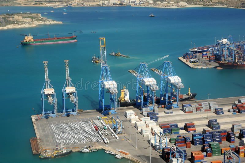 Download Malta industrial harbour editorial photo. Image of gantry - 26778516