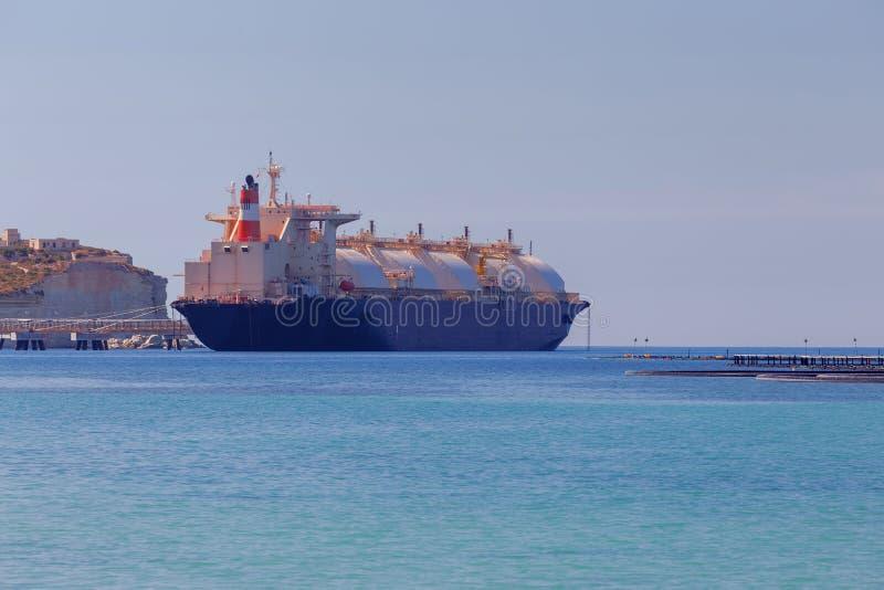 malta marsaxlokk Das Schiff ist ein Trägergas stockbilder