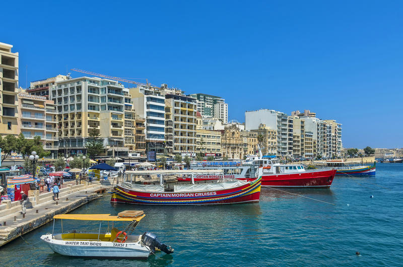 Malta - panorama av Sliema royaltyfria foton