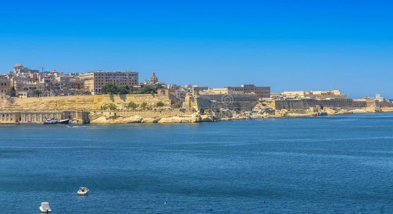 Malta - panorama av Valletta arkivbilder