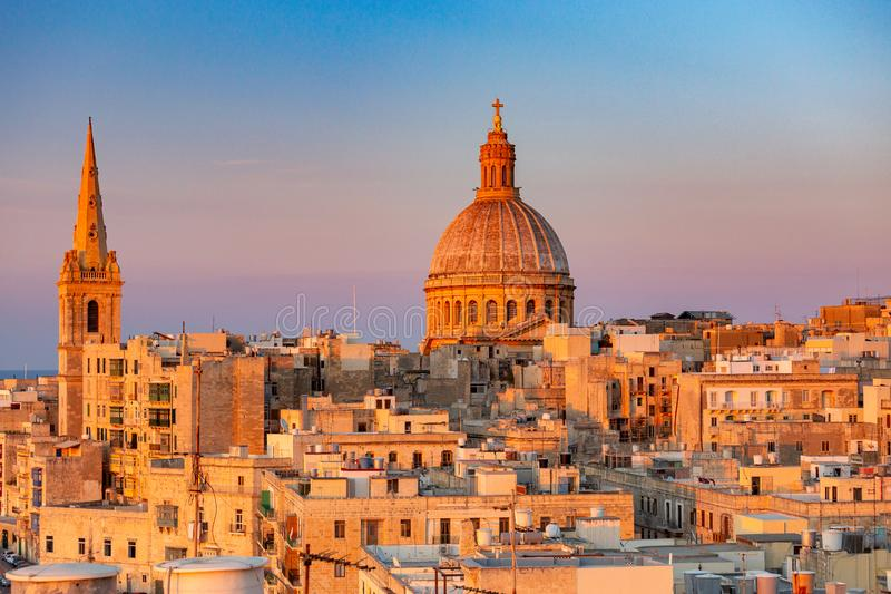 malta valletta Собор St. John на заходе солнца стоковое изображение rf