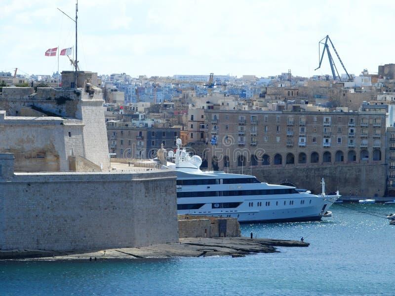 Malta, Valletta, jacht fotografia royalty free
