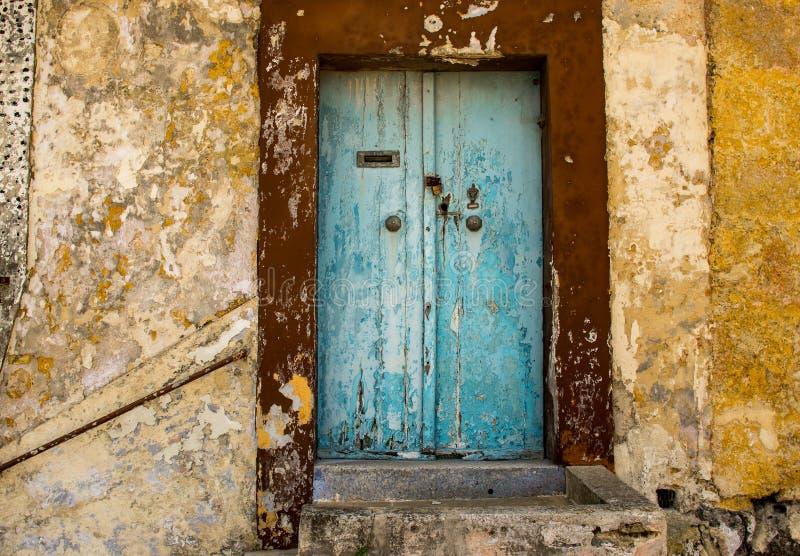 Maltesische alte blaue T?r in Rabat-Stadt lizenzfreies stockfoto