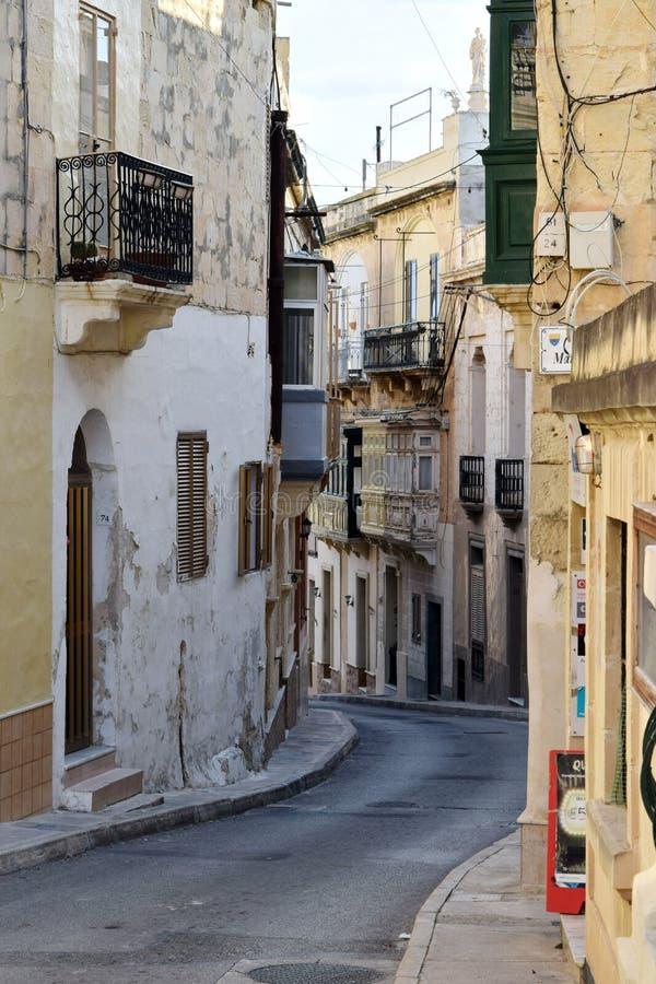 Maltesisk gataplats Kalkara, Malta royaltyfria foton