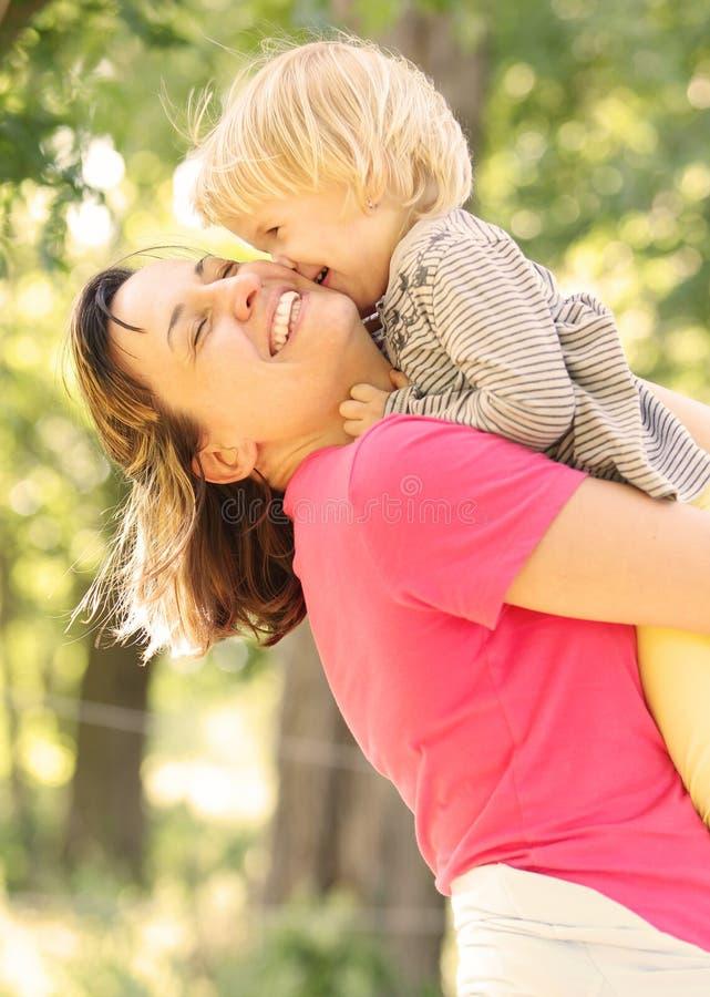 Mamã e filha imagens de stock royalty free