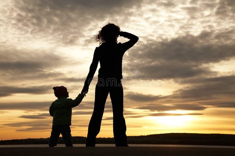 Mama con el niño foto de archivo libre de regalías